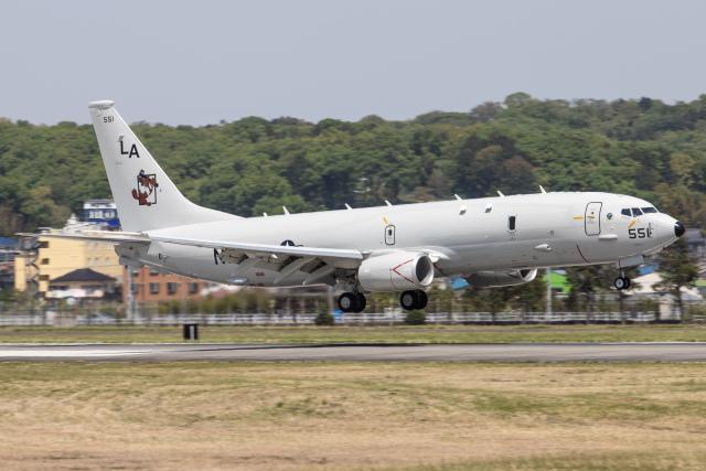KANTO61さんが、横田基地で撮影したアメリカ海軍 P-8A (737-8FV)の航空フォト(飛行機 写真・画像)