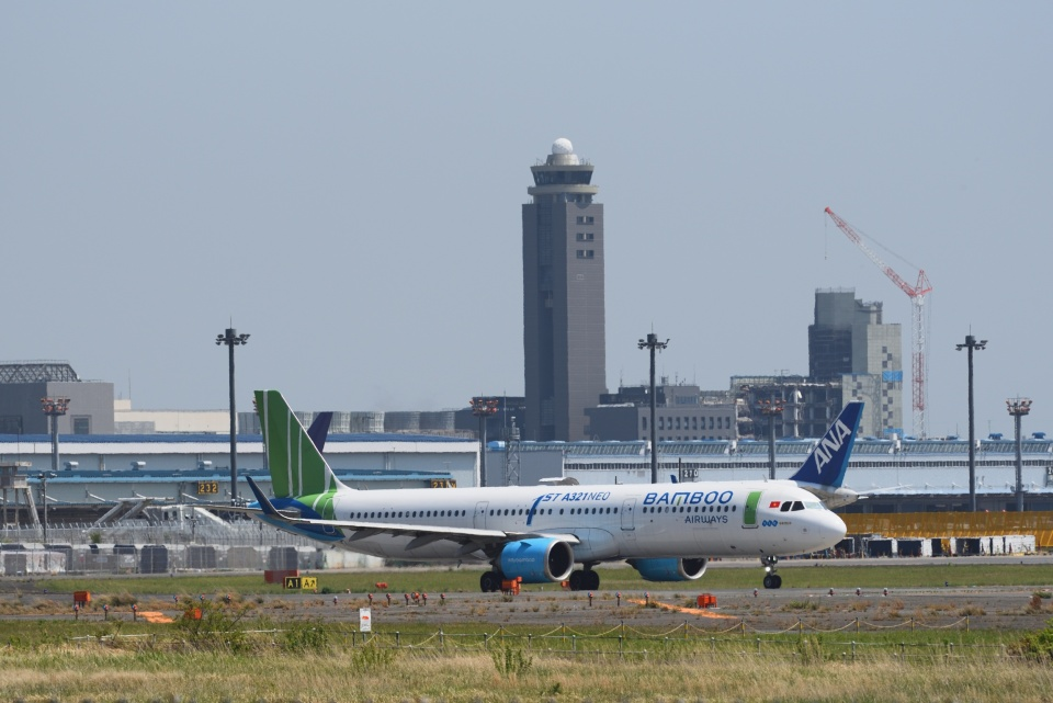 23Skylineさんのバンブー・エアウェイズ Airbus A321neo (VN-A588) 航空フォト