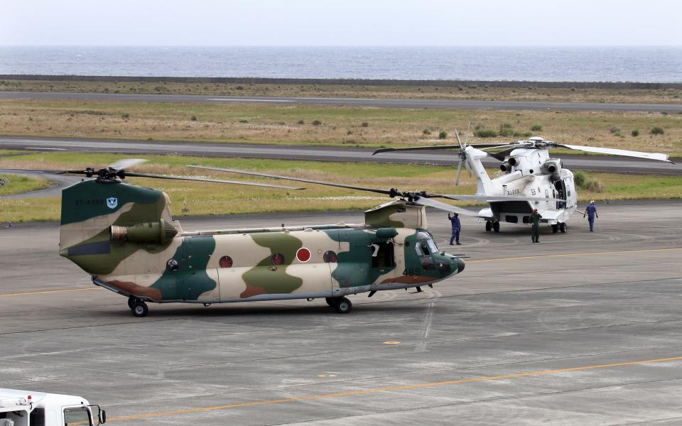 CL&CLさんの航空自衛隊 Kawasaki CH-47J Chinook (37-4489) 航空フォト