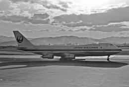 チャーリーマイクさんが、福岡空港で撮影した日本航空 747-146の航空フォト(飛行機 写真・画像)