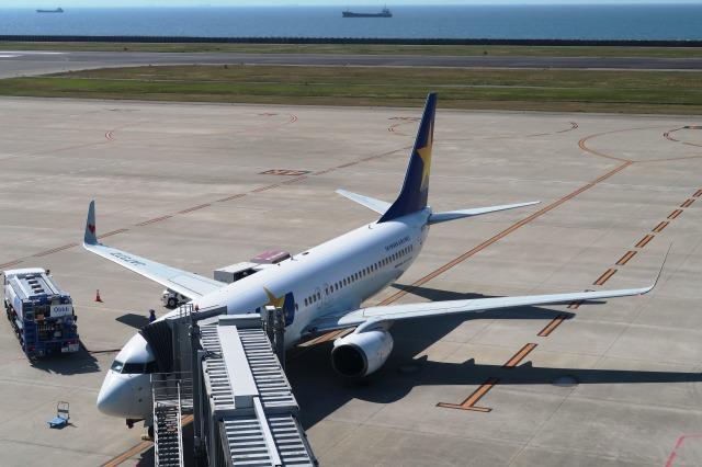 Hiro-hiroさんが、神戸空港で撮影したスカイマーク 737-82Yの航空フォト(飛行機 写真・画像)