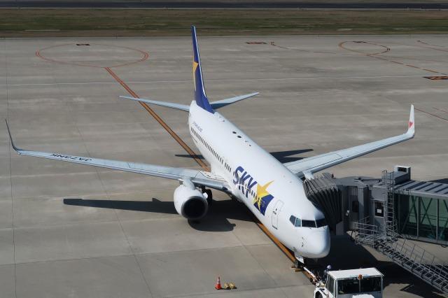 Hiro-hiroさんが、神戸空港で撮影したスカイマーク 737-86Nの航空フォト(飛行機 写真・画像)