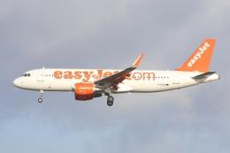 航空フォト:G-EZOI イージージェット A320