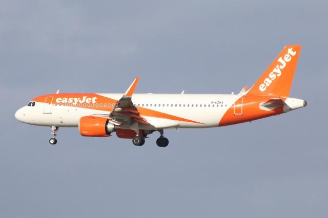 2020年02月01日に撮影されたイージージェットの航空機写真