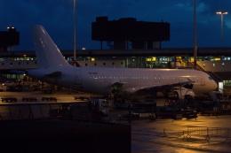 S.Hayashiさんが、アムステルダム・スキポール国際空港で撮影したスマートリンクス・エストニア A320-214の航空フォト(飛行機 写真・画像)