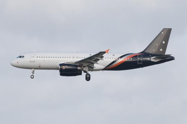 S.Hayashiさんが、ロンドン・ガトウィック空港で撮影したタイタン エアウェイズ A320-232の航空フォト(飛行機 写真・画像)