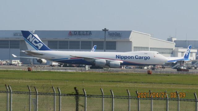 yurtarouさんが、成田国際空港で撮影した日本貨物航空 747-8KZF/SCDの航空フォト(飛行機 写真・画像)