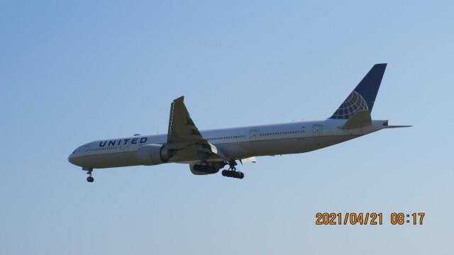 yurtarouさんが、成田国際空港で撮影したユナイテッド航空 777-322/ERの航空フォト(飛行機 写真・画像)
