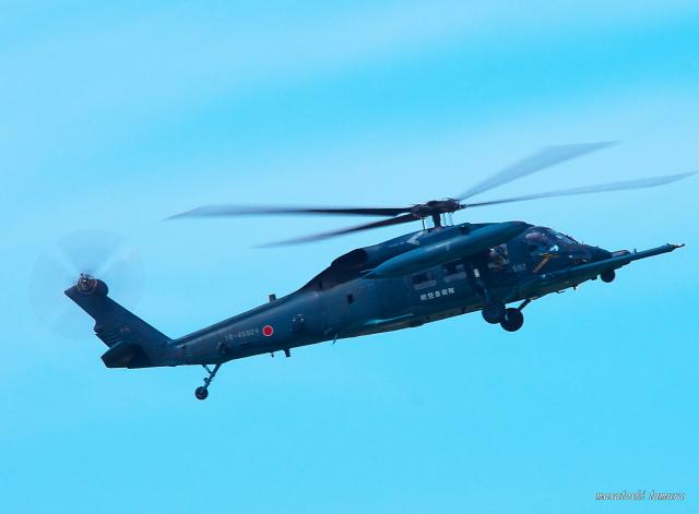 MASACHANさんが、新田原基地で撮影した航空自衛隊 UH-60Jの航空フォト(飛行機 写真・画像)