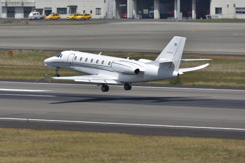 qooさんのノエビア Cessna 680 Citation Sovereign/Sovereign+ (JA680N) 航空フォト