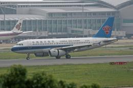 tsubameさんが、福岡空港で撮影した中国南方航空 A319-132の航空フォト(飛行機 写真・画像)
