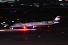 TOPAZ102さんが、伊丹空港で撮影したアイベックスエアラインズ CL-600-2C10 Regional Jet CRJ-702ERの航空フォト(飛行機 写真・画像)