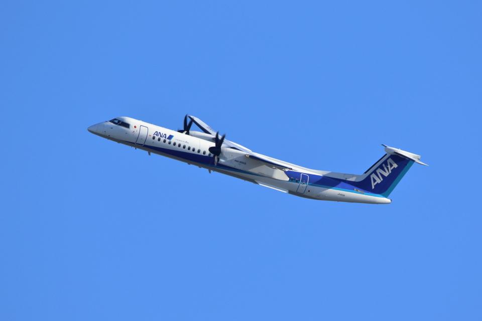 kaz787さんのANAウイングス Bombardier DHC-8-400 (JA850A) 航空フォト