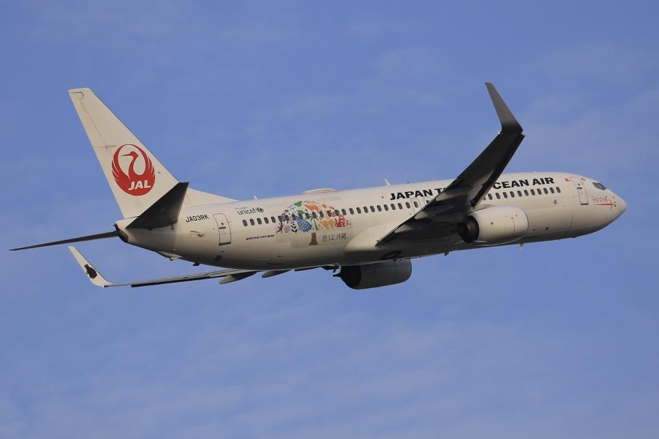 aki241012さんの日本トランスオーシャン航空 Boeing 737-800 (JA03RK) 航空フォト