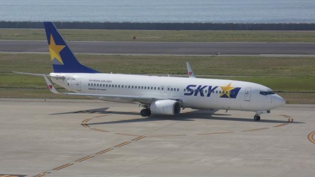 cathay451さんが、神戸空港で撮影したスカイマーク 737-8HXの航空フォト(飛行機 写真・画像)