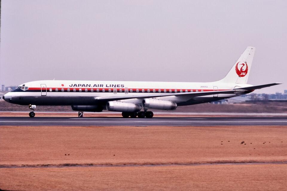 パール大山さんの日本航空 Douglas DC-8 (JA8052) 航空フォト