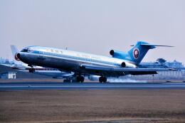 パール大山さんが、伊丹空港で撮影した全日空 727-281/Advの航空フォト(飛行機 写真・画像)