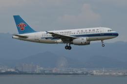 Deepさんが、関西国際空港で撮影した中国南方航空 A319-132の航空フォト(飛行機 写真・画像)