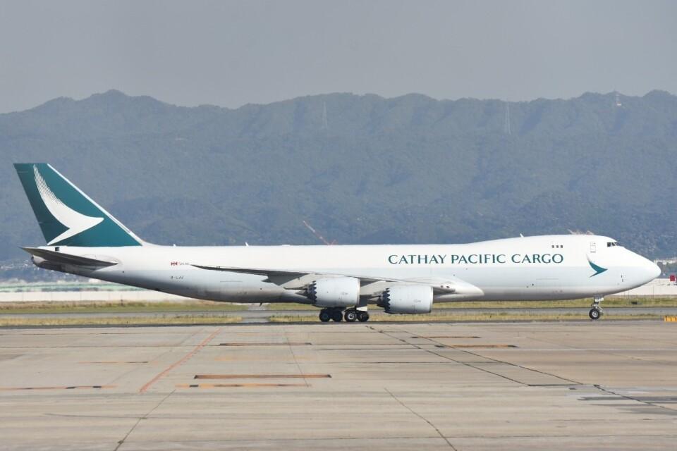 M.Tさんのキャセイパシフィック航空 Boeing 747-8 (B-LJJ) 航空フォト