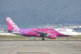 M.Tさんが、関西国際空港で撮影したピーチ A320-214の航空フォト(飛行機 写真・画像)