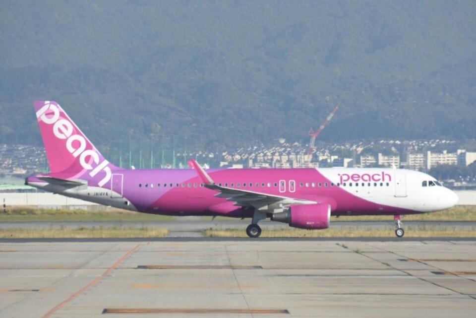 M.Tさんのピーチ Airbus A320 (JA14VA) 航空フォト