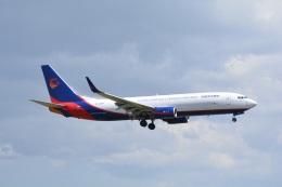 LEGACY-747さんが、成田国際空港で撮影した広東龍浩航空 737-8AS(BCF)の航空フォト(飛行機 写真・画像)