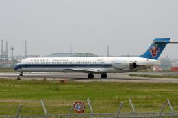 tsubameさんが、福岡空港で撮影した中国南方航空 MD-90-30の航空フォト(飛行機 写真・画像)