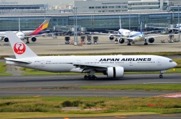 amagoさんが、羽田空港で撮影した日本航空 777-246/ERの航空フォト(飛行機 写真・画像)