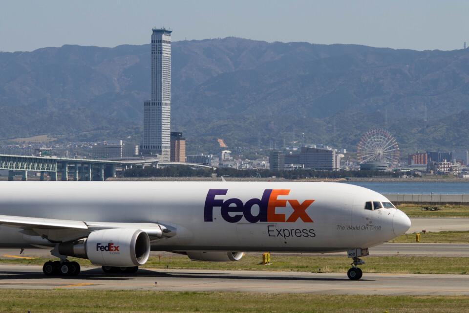 Koenig117さんのフェデックス・エクスプレス Boeing 767-300 (N108FE) 航空フォト