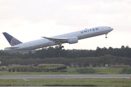 職業旅人さんが、成田国際空港で撮影したユナイテッド航空 777-322/ERの航空フォト(飛行機 写真・画像)