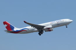 mogusaenさんが、成田国際空港で撮影したネパール航空 A330-243の航空フォト(飛行機 写真・画像)