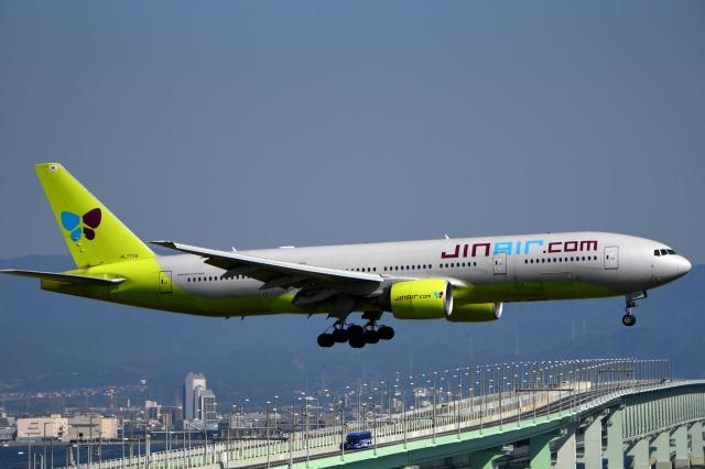 we love kixさんが、関西国際空港で撮影したジンエアー 777-2B5/ERの航空フォト(飛行機 写真・画像)