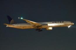 木人さんが、成田国際空港で撮影したユナイテッド航空 777-322/ERの航空フォト(飛行機 写真・画像)