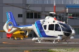 きりしまさんが、東京ヘリポートで撮影したオールニッポンヘリコプター EC135T2の航空フォト(飛行機 写真・画像)