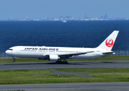 じーく。さんが、羽田空港で撮影した日本航空 767-346/ERの航空フォト(飛行機 写真・画像)