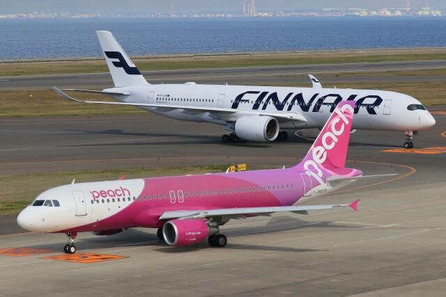 ゆなりあさんが、中部国際空港で撮影したピーチ A320-214の航空フォト(飛行機 写真・画像)