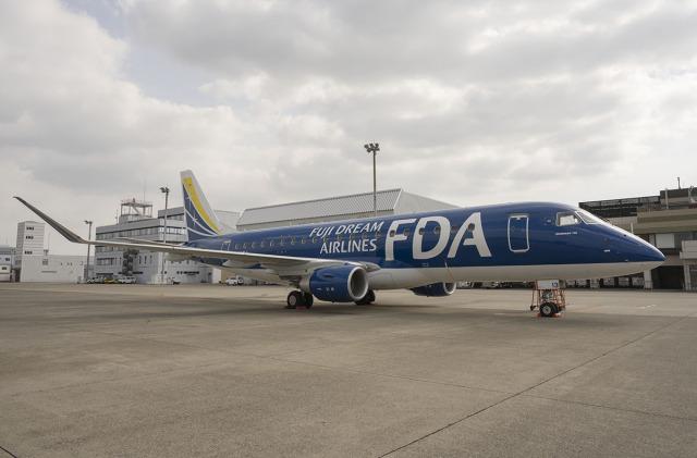 planetさんが、名古屋飛行場で撮影したフジドリームエアラインズ ERJ-170-200 (ERJ-175STD)の航空フォト(飛行機 写真・画像)