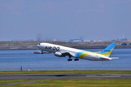 ER_b777logさんが、羽田空港で撮影したAIR DO 767-381/ERの航空フォト(飛行機 写真・画像)