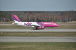 わいどぼでぃさんが、カトヴィツェ国際空港で撮影したウィズ・エア A320-232の航空フォト(飛行機 写真・画像)