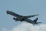 ちょっぱさんが、新千歳空港で撮影した全日空 777-381の航空フォト(飛行機 写真・画像)