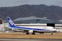 平凡なおっちゃんさんが、伊丹空港で撮影した全日空 767-381/ERの航空フォト(飛行機 写真・画像)