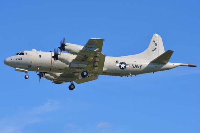 デルタおA330さんが、嘉手納飛行場で撮影したアメリカ海軍 P-3C AIPの航空フォト(飛行機 写真・画像)