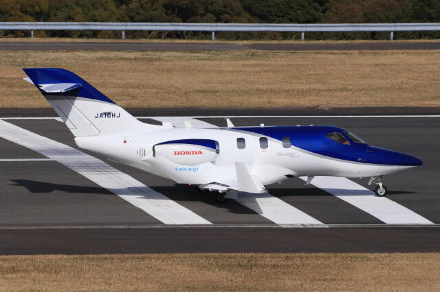 korosukeさんが、南紀白浜空港で撮影した日本法人所有 HA-420の航空フォト(飛行機 写真・画像)