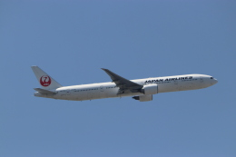 imosaさんが、羽田空港で撮影した日本航空 777-346/ERの航空フォト(飛行機 写真・画像)