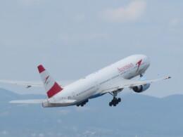 白い人さんが、ウィーン国際空港で撮影したオーストリア航空 777-2Z9/ERの航空フォト(飛行機 写真・画像)