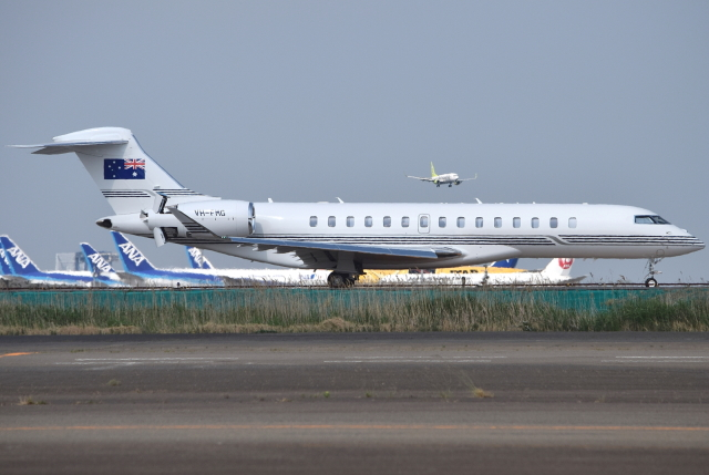 jun☆さんが、羽田空港で撮影したオーストラリア企業所有 BD-700-2A12 Global 7500の航空フォト(飛行機 写真・画像)
