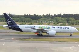 cassiopeiaさんが、成田国際空港で撮影したルフトハンザ・カーゴ 777-Fの航空フォト(飛行機 写真・画像)