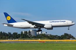 KoshiTomoさんが、成田国際空港で撮影したルフトハンザ・カーゴ 777-FBTの航空フォト(飛行機 写真・画像)