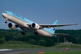 KoshiTomoさんが、新千歳空港で撮影した大韓航空 777-3B5/ERの航空フォト(飛行機 写真・画像)
