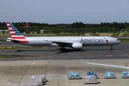 sin747さんが、成田国際空港で撮影したアメリカン航空 777-323/ERの航空フォト(飛行機 写真・画像)